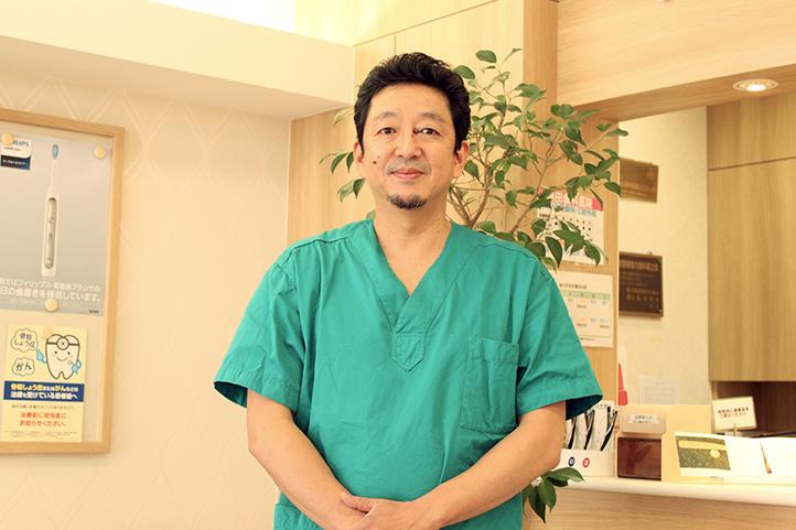 岡田歯科医院院長:岡田靖